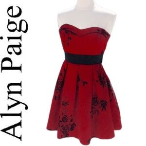 Alyn Paige strapless midi dress red and Black XS